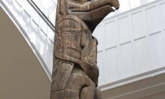 carved totem pole at the Museum of Archaeology and Anthropology