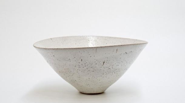 Lucie Rie's Conical Bowl (1971) which is currently on show at the Fitzwilliam Museum in 'Being Modern'.